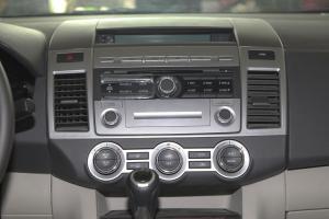 马自达8中控台正面图片