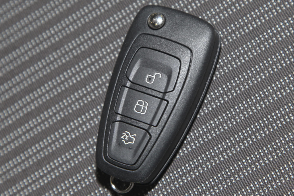 福特福克斯钥匙配一下多少钱