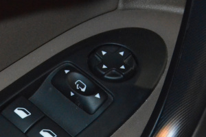 DS 4外后视镜控制键