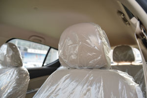 宝骏610驾驶员头枕图片