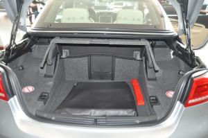 大众Eos(进口)行李箱空间图片