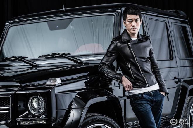 演员陈国坤和巴博斯B63-620