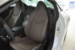 标致RCZ驾驶员座椅图片