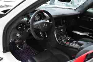 进口奔驰SLS级AMG 完整内饰(驾驶员位置)
