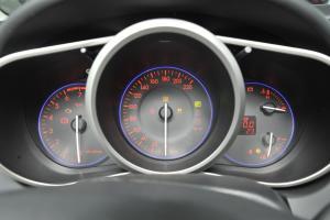 马自达CX-7仪表盘图片