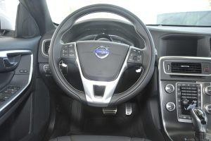 V60完整内饰(驾驶员位置)