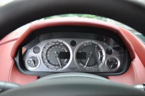 阿斯顿马丁DB9仪表 图片
