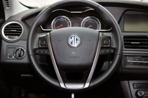 MG 6两厢方向盘图片