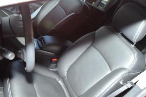 酷威(进口)驾驶员座椅图片