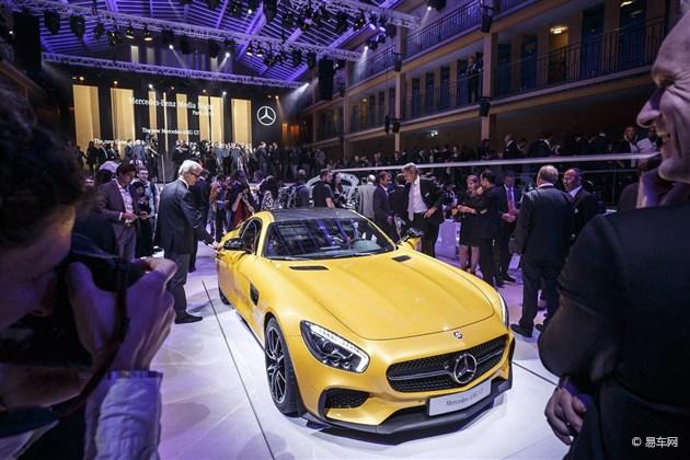 奔驰全新AMG GT跑车 亮相巴黎车展