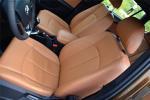 中华V5驾驶员座椅图片