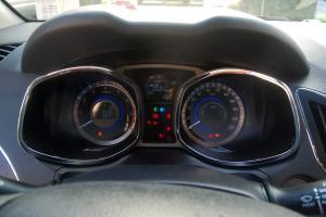 瑞风S5 仪表盘背光显示