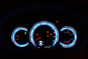 骏派D60仪表盘背光显示图片