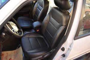 野马F16                驾驶员座椅