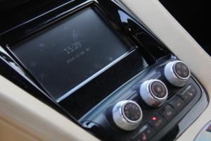 K50中控台空调控制键图片