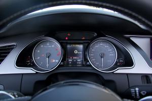 奥迪S5仪表 图片
