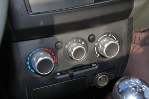 东风小康C31 中控台空调控制键