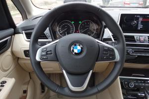 宝马2系运动旅行车(进口)方向盘图片