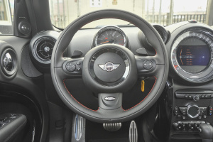 MINI COUNTRYMAN JCW 方向盘