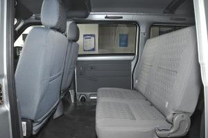 北汽307EV后排空间图片