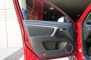 海马M6                 驾驶员侧车门内门板