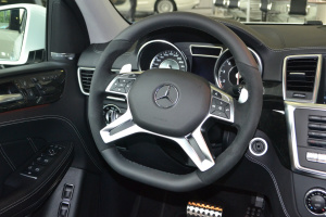 进口奔驰GL级AMG 方向盘