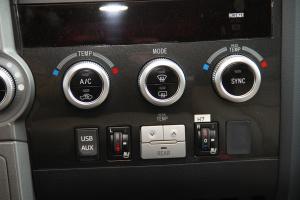 进口红杉               中控台空调控制键