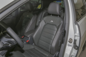 Golf R驾驶员座椅图片