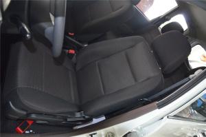 一汽森雅S80 驾驶员座椅