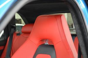 进口宝马X5 M 驾驶员头枕