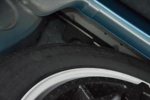 进口宝马X5 M 备胎品牌