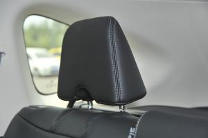 CR-V2015款 2.4L 四驱 尊贵版 外观赤霞红 内饰黑色