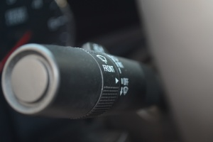 GMC SIERRA 大灯远近光调节柄