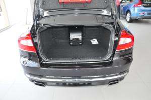 沃尔沃S80L 行李箱空间