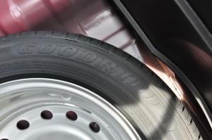 长安CS35 备胎品牌