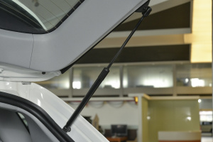 新大7 SUV              行李厢支撑杆