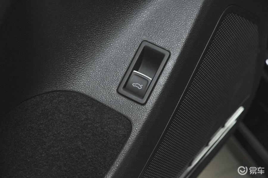自一体 舒适型车内行李箱开启键汽车图片-汽车图片大全】-易车网高清图片