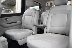 昌河M50后排座椅图片