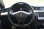 迈腾旅行轿车方向盘图片