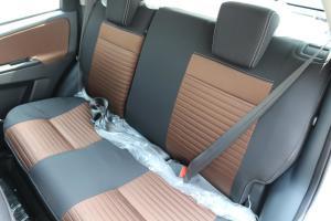 天语SX4两厢后排座椅图片
