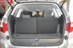 萨瓦纳 行李箱空间