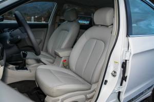 风神A60驾驶员座椅图片