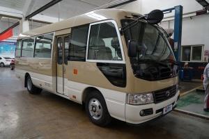 当前车款暂无图片,图片显示为:<br>2015款 高级车 4.0L GRB53L-ZCMSK 20座