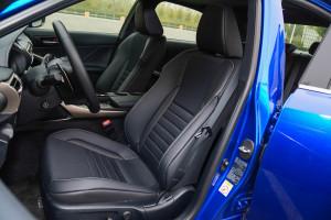 雷克萨斯IS驾驶员座椅图片