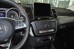进口奔驰GLE级运动SUV 中控台驾驶员方向