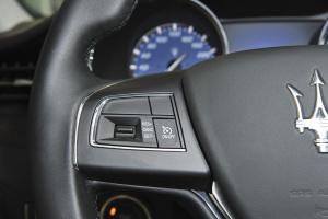 Quattroporte方向盘功能键(左)