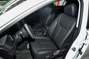 荣威360 驾驶员座椅