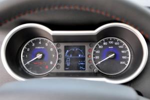 风神AX3仪表盘背光显示图片