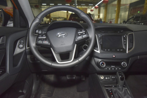 ix25驾驶位区域