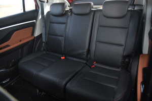 智尚S35 后排座椅